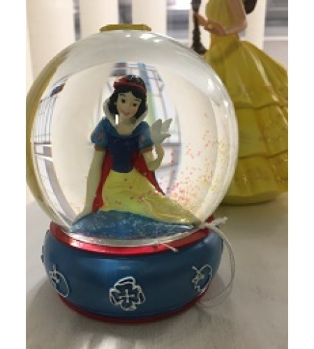 SNOW WHITE WATERBALL