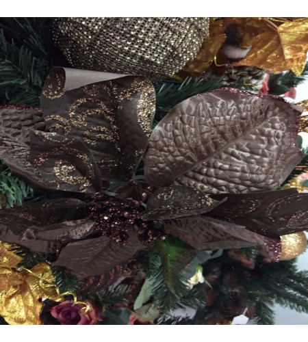 POINSETTIA CHOCOLATE PICK